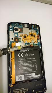 コネクターの接続不良はレシートで治る。液晶コネクターも治った。